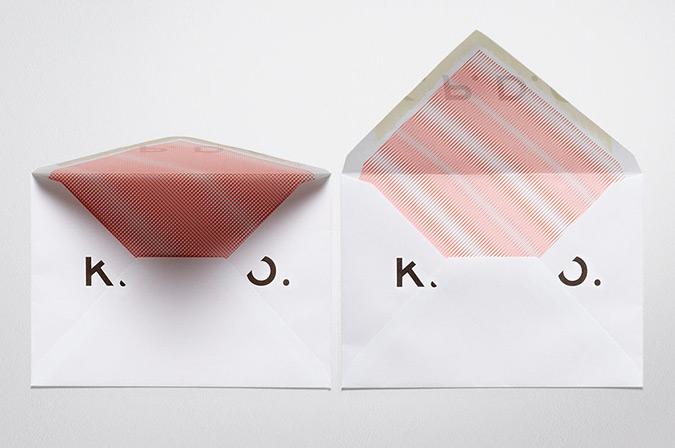 всередині конвертів